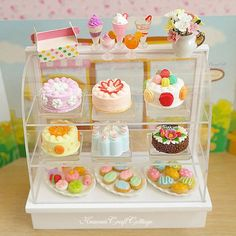 Your place to buy and sell all things handmade - Miniature Food Bakery Cake Cookie Macaron Cabinet Counter Set Cakes Pastry Patisserie Ice cream, Dr - Barbie Food, Doll Food, Tiny Food, Fake Food, Miniature Crafts, Miniature Food, Pink Dollhouse, Dollhouse Miniatures, Halloween Miniatures