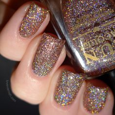 F.U.N Lacquer Royal Chapel (H) Christmas 2014 swatches review