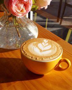 Mid week coffee kick.  #happywednesday by hbdessertcafe