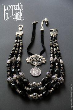 "Намысто  с дукачем ""Украинская ночь"". Jewelry Crafts, Jewelry Ideas, Western Jewelry, Queen Bees, Design Tutorials, Jewelery, Creations, Necklace Ideas, Beads"