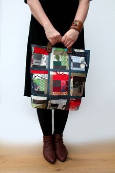 Patchwork tote bag with wooden handles large di PetraFedor su Etsy, £95.00