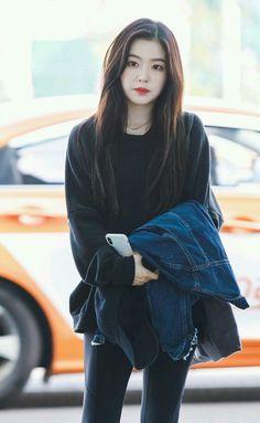 Irene ❤ red velvet irene, black velvet, seulgi, korean fashion kpop, ve Red Velvet アイリーン, Red Velvet Irene, Seulgi, Kpop Girl Groups, Kpop Girls, Korean Fashion Kpop, Velvet Fashion, Kpop Outfits, Korean Outfits