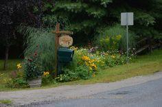 Country Mailbox Garden Country Mailbox, Mailbox Garden, Environment, Fairy, Wood, Outdoor Decor, Home Decor, Homemade Home Decor, Woodwind Instrument