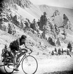 Tour de France 1953. 18^Tappa, 22 luglio. Gap > Briançon. Col d'Izoard.Louison Bobet (1925-1983)