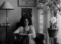 Maria Grazia Calandrone intervistata per ZEST da Alessandro Canzian, risponde su cosa sia la Poesia e consigli a chi è agli esordi.
