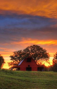 beautiful barn and sky
