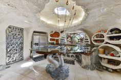 Inside the Flintstone House: More Spectacular Photographs