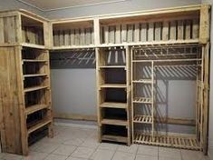 Cheap Wood Pallets Recycling IdeasThanks grandmahousediy for this post.Add up your house indoor or the bedroom with the exceptional designing of the wood pallet closet or cupboard that is superbly blended with the taste of the rough and artis# Cheap Wood Pallet Recycling, Recycled Pallets, Recycled Wood, Wooden Pallets, Recycled House, 1001 Pallets, Wood Crates, Pallet Wardrobe, Pallet Closet