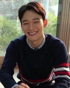 Ughhh his smile is amazing Exo Chen, Baekhyun Chanyeol, K Pop, Luhan And Kris, Exo Official, Kim Minseok, Exo Ot12, Kpop Exo, Exo Members