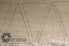 Reversible Burlap Banner DIY Easy Tutorial - On Sutton Place No Sew Bunting, Hessian Bunting, Bunting Pattern, Burlap Banners, Easter Burlap Banner, Fall Banner, Diy Banner, Bunting Banner, Buntings