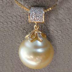 Jewelry Design Earrings, Gold Jewellery Design, Pearl Jewelry, Gold Jewelry Simple, Pearl Pendant, Fashion Jewelry, Lockets, Design Ideas, Gemstones