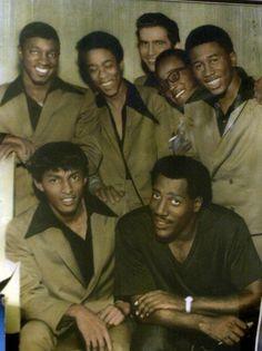 Otis Redding and his back up band the Bar-Kays, 1967 ♫♫♥♥♫♥♫♥JML Jazz, I Love Music, Kinds Of Music, Music Icon, Soul Music, Otis Redding, Soul Singers, Old School Music, Soul Funk