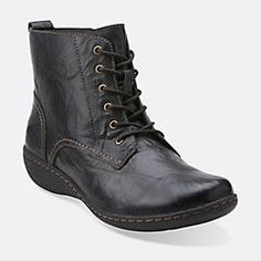 From the Clarks Collection, this lace-up leather boot combines on-trend vintage style with signature comfort. Soft fabric linings, an OrthoLite® footbed and TPR outsoles cushion each step,while the fashion nod to the combat boot pairs perfectly with tights and skirts or dresses, or with your favorite skinny jeans.