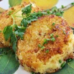 Panko Crusted Mashed Potato Cakes