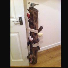 Subtle door stop Door Stop, Ladder Decor, Doors, How To Make, Home Decor, Doorstop, Decoration Home, Room Decor, Home Interior Design