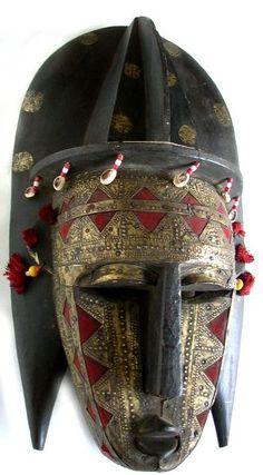 Marka Mask       by  Unknown Artist