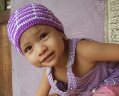 Child's White and Purple Beanie / Crochet Pattern for  0 - 3 Years Old