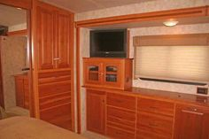 """2010 Used Winnebago Itasca Class A in Mississippi MS.Recreational Vehicle, rv, 2010 Winnebago Itasca , Make / Model: Itasca Sun Cruiser / 2010 IFJ35P Ford Chassis 12,000 Lbs.' Ford v10 Gas Engine [320.6 Hours], Mileage @Dec-2015 15,485 Dimensions: Exterior Length 35 ' 5 """", Exterior Width 101 """", Exterior Hgt 12 ' 3 """". Capacities: Fuel 75 Gallons, Fresh Water 81 Gallons, LPG (filled to 80%) 28 Gal Gray Water Holding Tank 60 Gallons Black Water Holding Tank 43 Gallons 5000 Lbs Draw Bar Class…"""