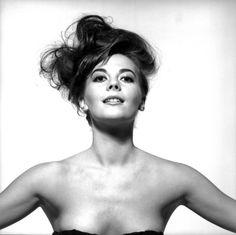 Photo Credit: Bert Stern. Natalie Wood, 1964.