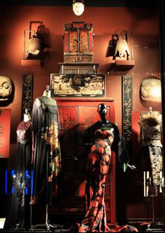 "BERGDORF GOODMAN,New York,""China Through the Looking Glass"", photo by STYLECURATED,pinned by Ton van der Veer"