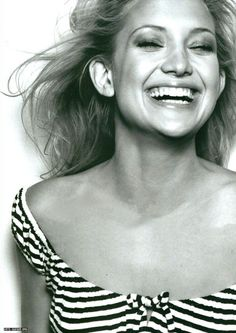Kate Hudson is one of the smiliest actesses, I think it makes her even more beautiful :)