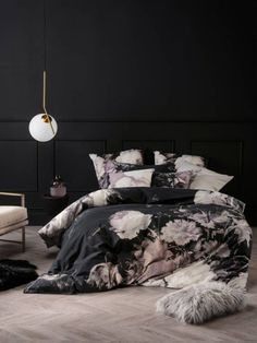 Currently coveting: Moody, oversized florals