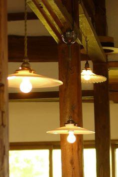 20110911_835041 561×845 Pixels Coffee Shop Lighting, Cafe Lighting, Interior  Lighting