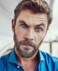 "chrishsource: ""Chris Hemsworth outtake for FOXTEL. Luke Hemsworth, Hemsworth Brothers, Trimmed Beard Styles, Beard Styles For Men, Hair And Beard Styles, Elsa Pataky, Beard Quotes, Melbourne, Black Men Beards"
