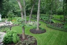 When we Are talking about the home decoration, we cannot overlook talking about the Sloped Backyard Landscaping Ideas. Backyard -- the outdoor side of this home Landscaping Around Trees, Large Backyard Landscaping, Sloped Backyard, Backyard Garden Design, Landscaping Tips, Backyard Ideas, Landscaping Software, Backyard Designs, Acreage Landscaping