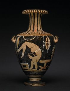 Red Figured Hydria 340-330 BC Campanian (Source: The British Museum)