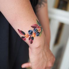 Search inspiration for a Watercolor tattoo. Old Tattoos, Cute Tattoos, Body Art Tattoos, Girl Tattoos, Tattoos Pics, Colorful Flower Tattoo, Flower Tattoos, Respect Tattoo, Fruit Tattoo