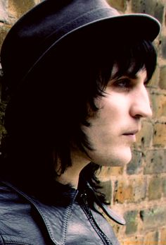 Noel Fielding being perfect :) can you believe this dude is 39?