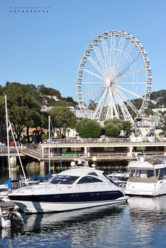 The Olympic Wheel, Torquay, Devon, England. Took my Aunt (nearly on this May 2014 England Ireland, England Uk, Visit Devon, Torquay Devon, Devon Holidays, Dartmoor National Park, South Devon, Devon And Cornwall, Holiday Places