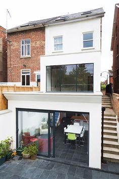 Double storey glazed extension in Oxford by Holland and Green. Extension Veranda, House Extension Design, Extension Ideas, Kitchen Extension Glass, Roof Design, House Design, Small Space Interior Design, Modern Basement, House Extensions