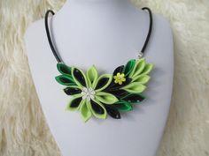 Declaración flor collar collar babero de tela por sollasjewelry