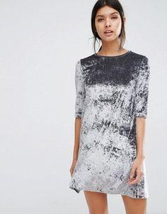 Buy Mango Crushed Velvet Shift Dress at ASOS. Get the latest trends with ASOS now. Pantalon Long, Asos, Maxi Robes, Velvet Fashion, Mode Hijab, Costume, Crushed Velvet, Looks Style, Dress Me Up
