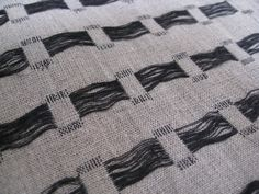 Weaving - hand woven textiles design with contrasting threads for pattern & texture // Louise Renae Anderson