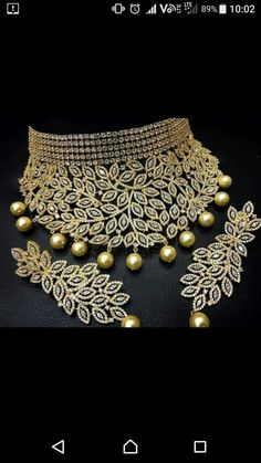 Necklaces – Page 10 – Finest Jewelry Indian Wedding Jewelry, Indian Jewelry, Bridal Jewelry, Stylish Jewelry, Cute Jewelry, Fashion Jewelry, Jewelry Tree, Glass Jewelry, Gold Jewellery