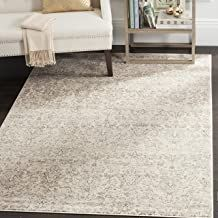 Showcase the perfect mix of vintage and modern styling with the Vintage Elegance Rug from Safavieh. This silky-smooth rug feels luxurious underfoot and has a contemporary color palette with an antique flair, creating a chic transitional look in the room. Grey Rugs, Beige Area Rugs, Ancient Persian, Vintage Inspiriert, Persian Motifs, Transitional Area Rugs, Home Decor Outlet, Online Home Decor Stores, Oriental Rug