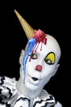 Photographer DDIARTE DDIARTE  Ice Cream Clown  ONE EYELAND
