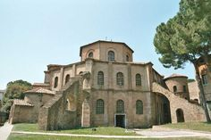 apollinaris first bishop of ravenna apse of sant apollinare nuovo