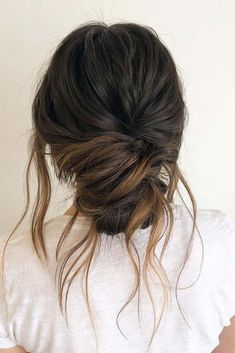 African Women Hairstyles Cute and easy hairstyles for spring break that will blow your mind! In our list of the best spring break hairstyles you will find cute updos braided hairstyles updo hair and lots of others. Casual Hairstyles For Long Hair, Super Easy Hairstyles, Braided Hairstyles Updo, Spring Hairstyles, Loose Hairstyles, Layered Hairstyles, Latest Hairstyles, Celebrity Hairstyles, Hairstyles For Women