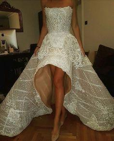 Amazing gown by Nedret Taciroglu