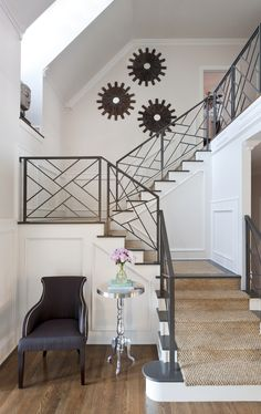 Modern Staircase Design Ideas - Search photos of modern stairs and also uncover design and also design ideas to inspire your own modern staircase remodel, consisting of unique barriers and also storage . Modern Stair Railing, Stair Railing Design, Iron Stair Railing, Metal Stairs, Staircase Railings, Modern Stairs, Banisters, Staircases, Metal Railings