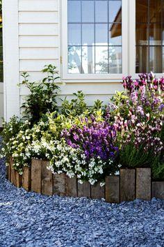 Like the use of timber, alternating heights, colourful flowers/plants Balcony Plants, Balcony Garden, Garden Beds, Garden Living, Garden Cottage, Farm Gardens, Outdoor Gardens, Diy Garden Projects, Small Garden Design
