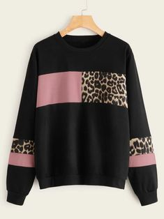 To find out about the Contrast Leopard Panel Round Neck Sweatshirt at SHEIN, part of our latest Sweatshirts ready to shop online today! Sweat Shirt, Crew Neck Sweatshirt, Pullover, Mode Streetwear, Printed Sweatshirts, Women's Sweatshirts, Printed Leggings, Pulls, Sweatshirts