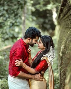 Discover recipes, home ideas, style inspiration and other ideas to try. Indian Wedding Couple Photography, Wedding Couple Poses Photography, Couple Photoshoot Poses, Bridal Photography, Pre Wedding Poses, Pre Wedding Photoshoot, Wedding Couples, Wedding Couple Pictures, Love Couple Images