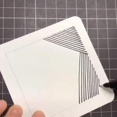 How To Draw Illusions, Optical Illusions Drawings, Illusion Drawings, Illusion Art, Easy Doodle Art, Doodle Art Designs, Doodle Art Drawing, Drawings On Lined Paper, Art Drawings Sketches Simple