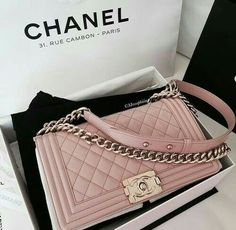 ALLLL the heart eyes for this Chanel bag!!