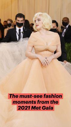 Celebrity Dresses, Celebrity Style, Leslie Grace, Zoe Kravitz, Ulzzang Korean Girl, Red Carpet Looks, Red Carpet Dresses, Celebs, Celebrities
